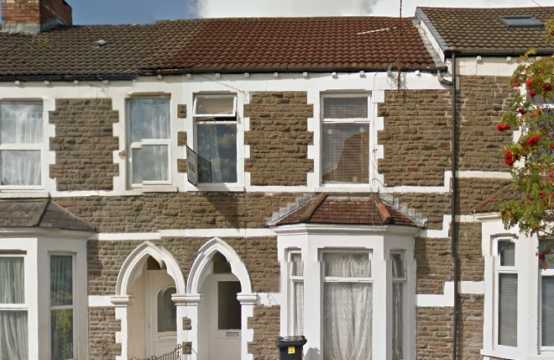 Llantrisant Street – 5 Bed Property 1 room available
