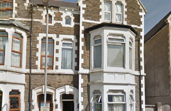 LET AGREED -Lovely one bed flat available on a popular street in Roath.