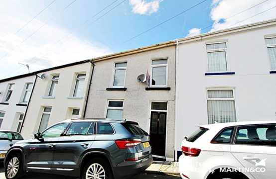 3 Bedroom Terraced House Saxon Street CF47